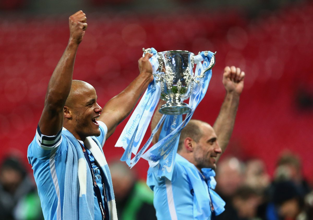 Two Legends who we've been blessed to have at our club - Without them we wouldn't have the days we have now. Thank you could never be enough for what they've given us #kompany @VincentKompany @pablo_zabaleta