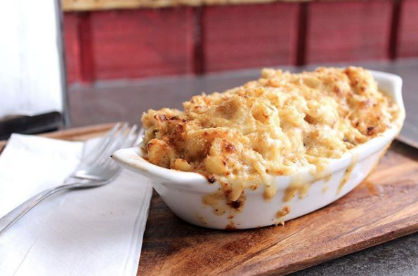 Smack Daddy good Sunday! #Cheesy, #creamy and comforting #MacandCheese will make your day!