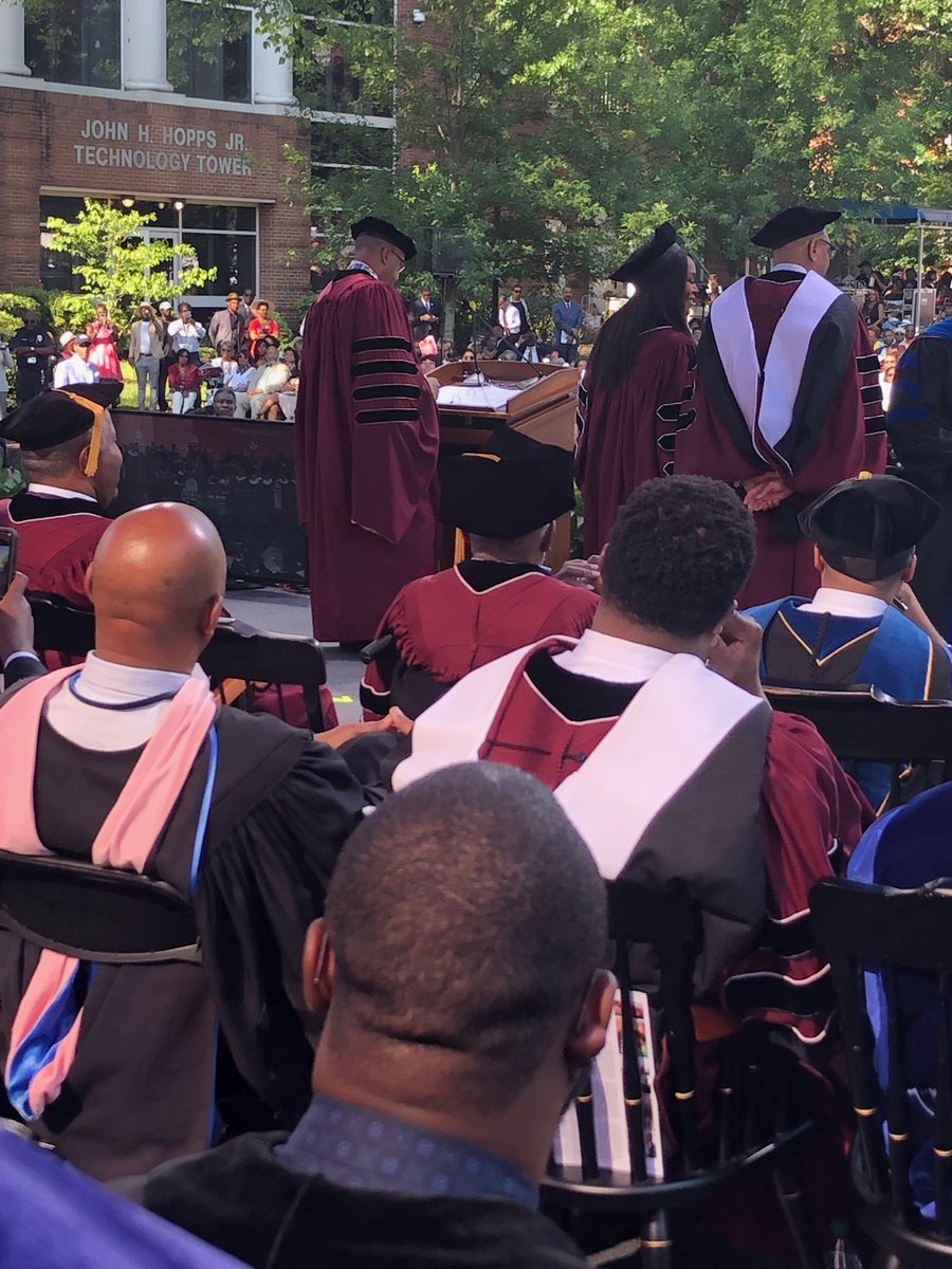 So Angela Bassett, a Yale Graduate with a BA in African American Studies &amp; MA in Drama, just received a well-deserved honorary doctorate in Arts from Morehouse College.  I managed not to shout Wakanda forever! <br>http://pic.twitter.com/HuuKgTF1r0