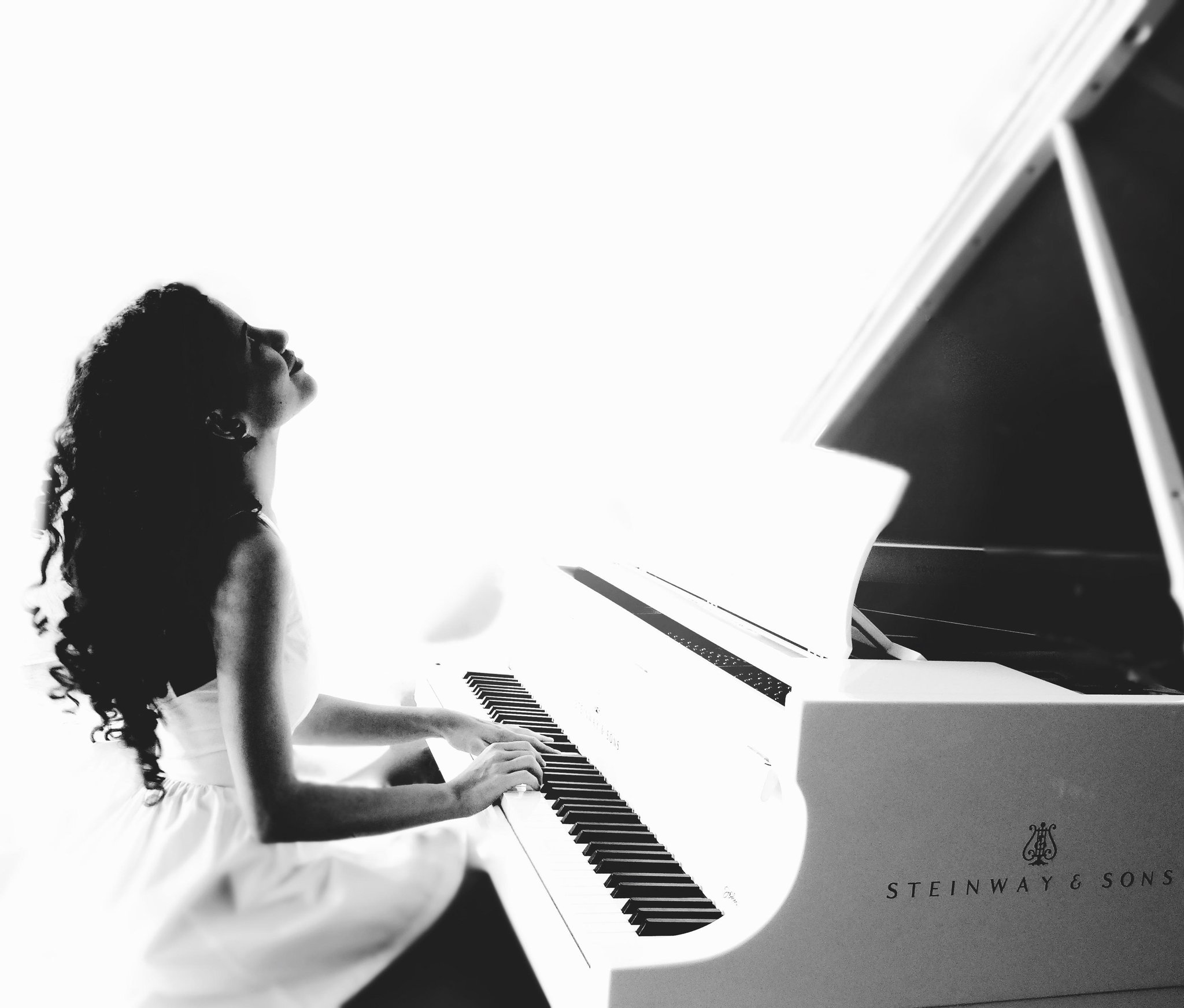 "@SteinwayAndSons Follow ""It's still magic even if you know how it's done."" — Ana Nikolic #Steinway steinway.com"