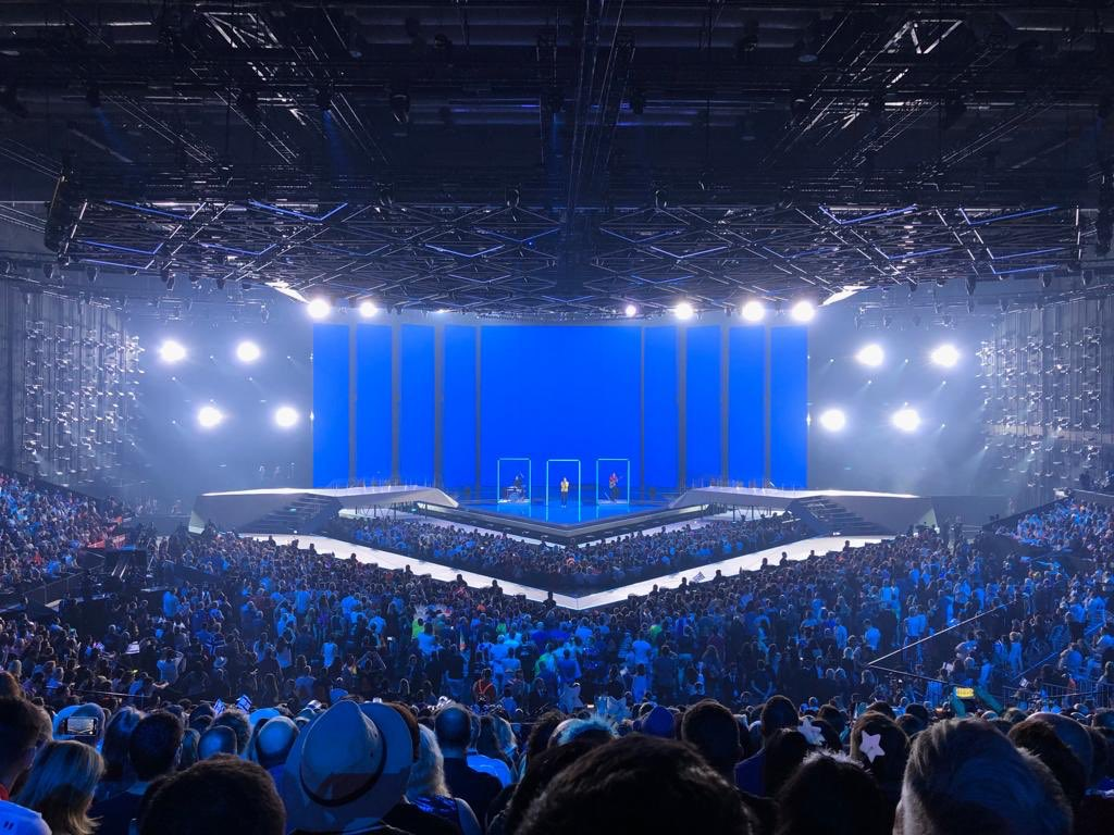 Congratulations to PM Netanyahu, Tel Aviv Mayor Ron Huldai &amp; the State of Israel on hosting an incredible Eurovision contest. I was privileged to attend the finals and it was amazing- a great advertisement for this miraculous country! Congrats to Netherlands and all who competed. <br>http://pic.twitter.com/TfskaS89Zq