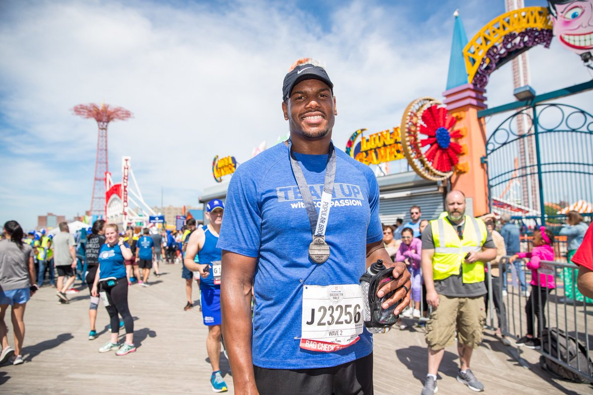 Congratulations to former Jets OL @DBrickashaw Ferguson for completing the Brooklyn Half Marathon yesterday. He ran for Compassion International, which fights poverty through child sponsorship. Brick's time: 2:15:47 (picture via NY Road Runners)