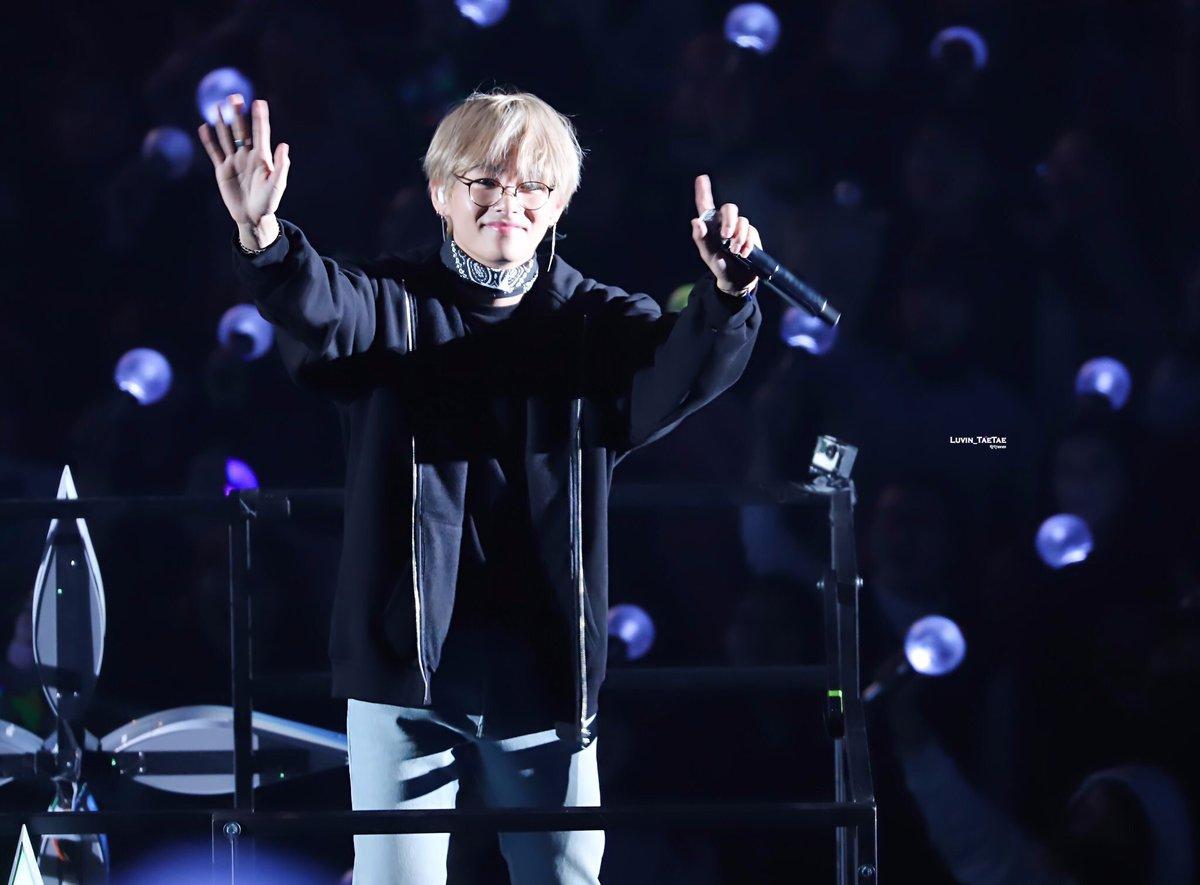 Taehyung lovable Taehyung love Taehyung lucky Taehyung lean Taehyung life Taehyung lovely Taehyung lively Taehyung laugh Taehyung leaf Taehyung loyal Taehyung loving #TaehyungYouAreMyLove #WeLoveYouTaehyung  #TaehyungOurHappyPill https://t.co/A97tgb4tAP