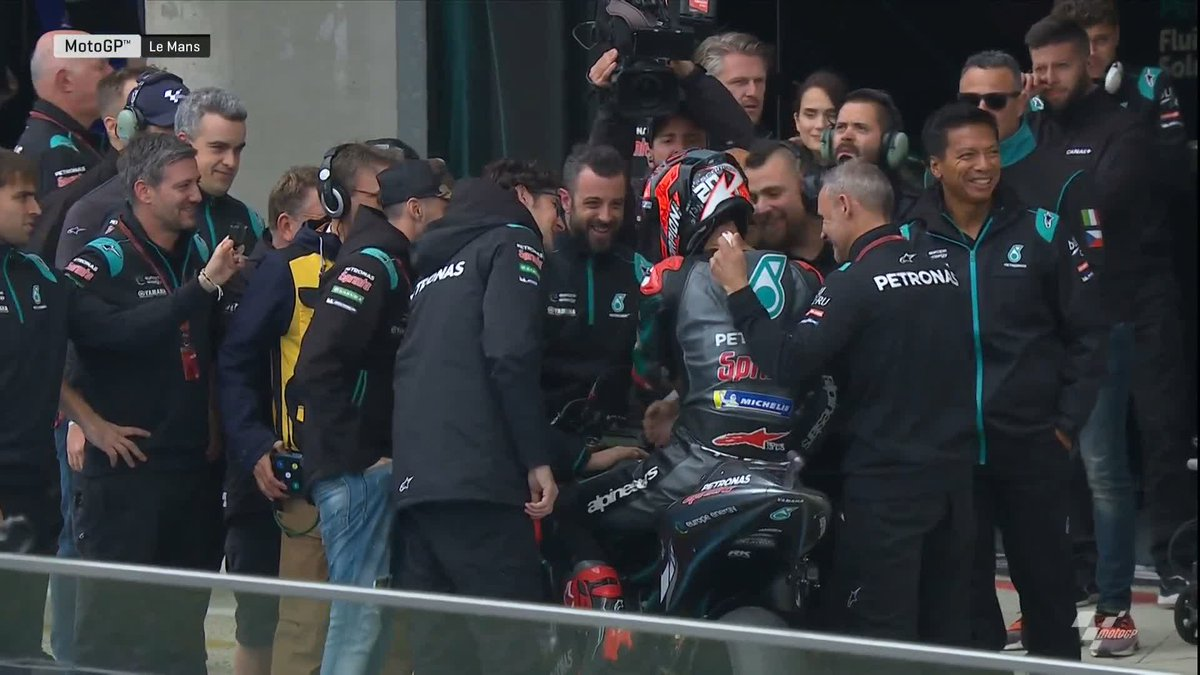 He did the home supporters proud! 👏  The capacity crowd show their appreciation for @FabioQ20 who recovered to eighth in the end! 👍  #FrenchGP 🇫🇷