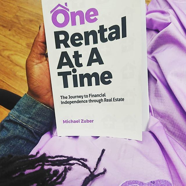 Some life changing literature at the hair salon #OneRentalAtATime #realestate #GenerationalWealth #EducatedBlackGirl #YoutubeUniversity #HomeSchooling #Wealth #Knowledge #KnowledgeisPower  #FinanciallyFreeBy23 #wholesaling #entrepreneur #Reading #… http://bit.ly/2YEvSgbpic.twitter.com/dAx4CWmvCK
