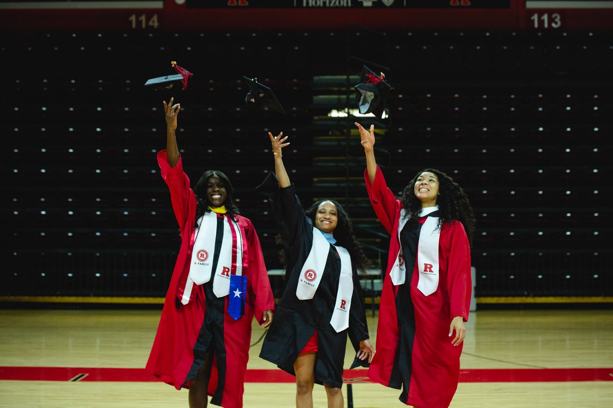 Congrats to the Class of 2019! 🏀🎓  Happy Commencement Day to @RutgersU Class of 2019. You did it and now you are Forever Rutgers Scarlet Knights.
