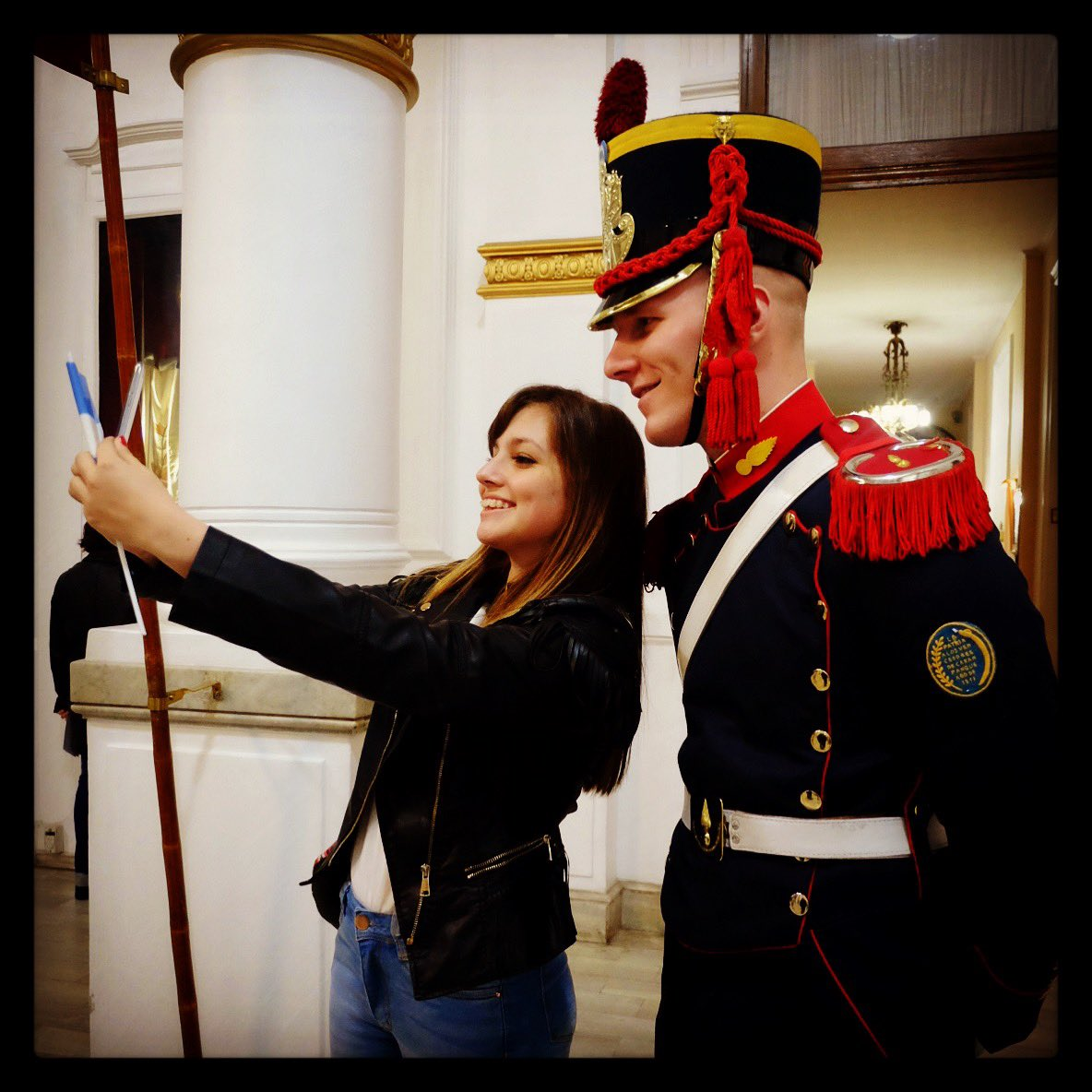 """Siempre es una buena oportunidad para sacarnos una """"Selfie"""" con alguno de los #AmigosMW que visitan nuestro museo #MuseumWeek #friendsMW"""