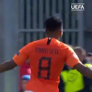 What a goal to score in a #U17EURO final 🙌🙌🙌🙌Ian Maatsen🙌🙌🙌🙌   See how @OnsOranje🇳🇱 won their record 4th title in Dublin📺  👇  http://bit.ly/2HqEZvf