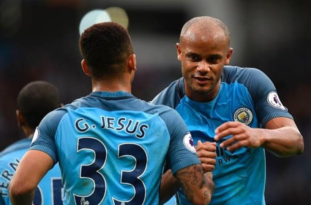 It was such a pleasure to play by your side those two years, cap! Thanks for everything you have taught me since day one. It was a honor to be in the field with you. City is going to miss you. Thanks, Kompany!  #Legend