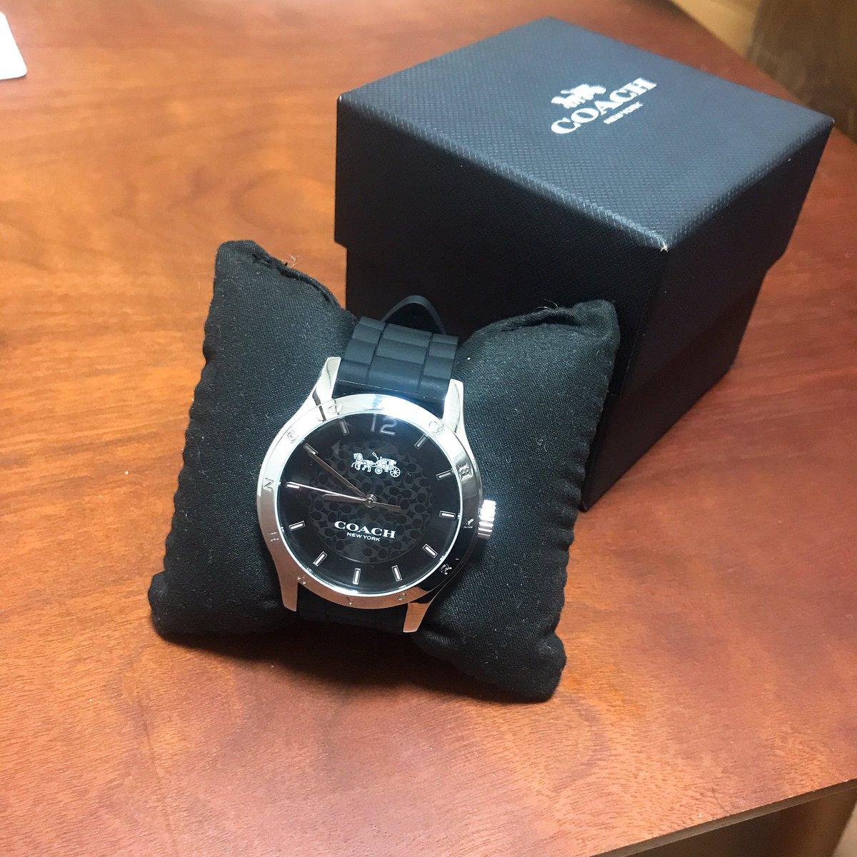 就職祝いで親からCOACHの腕時計貰った?(˙ω˙)普通にめっちゃ嬉しい超大切にする