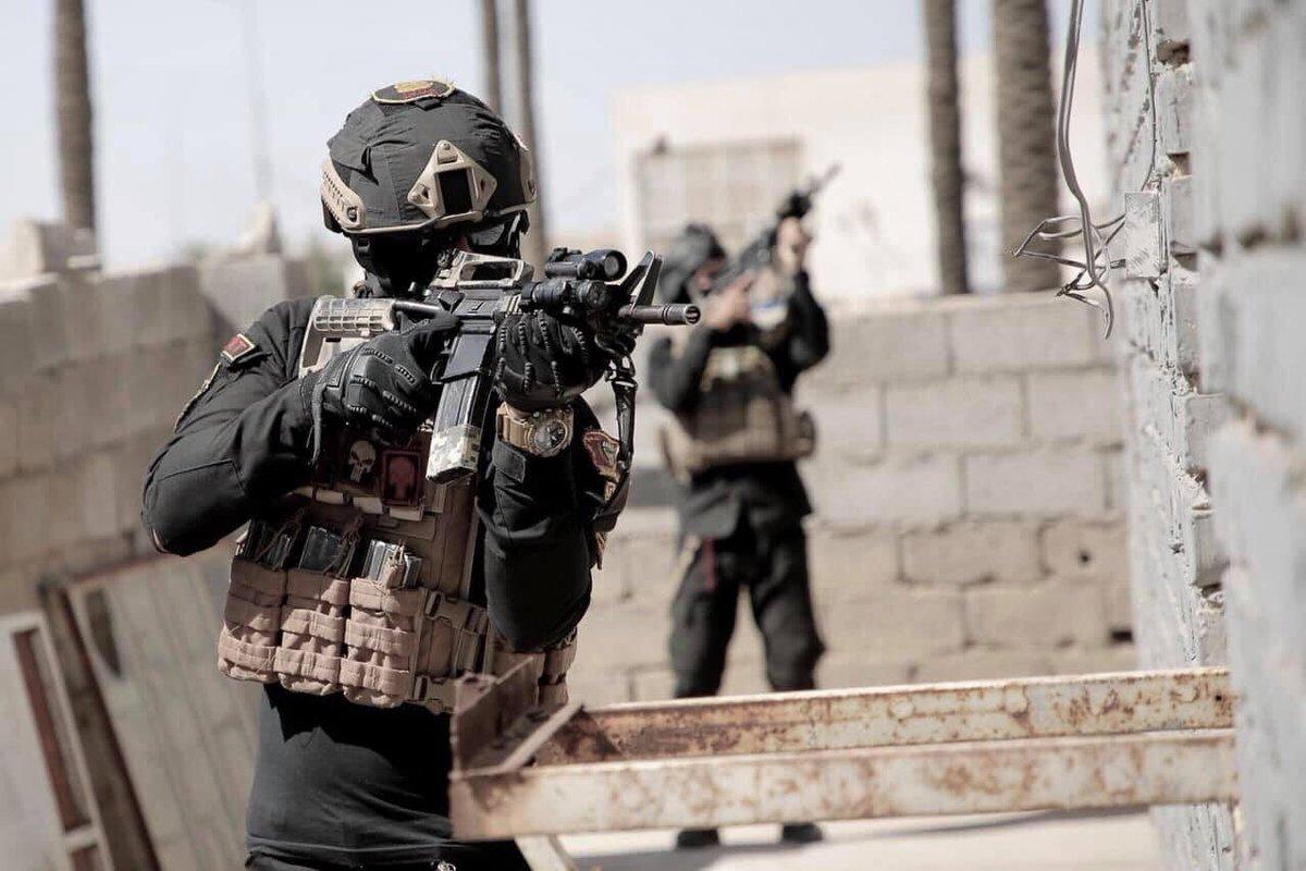 جهاز مكافحة الارهاب (CTS) و فرقة الرد السريع (ERB)...الفرقة الذهبية و الفرقة الحديدية - قوات النخبة - متجدد - صفحة 11 D68Dga2X4AAFAsD
