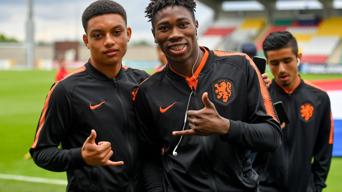 Not long to go now before holders Netherlands🇳🇱 face Italy🇮🇹 in the #U17EURO final. 🏆🥇  ⏰ KICK-OFF: 17:30CET  FOLLOW LIVE: http://bit.ly/2019U17final