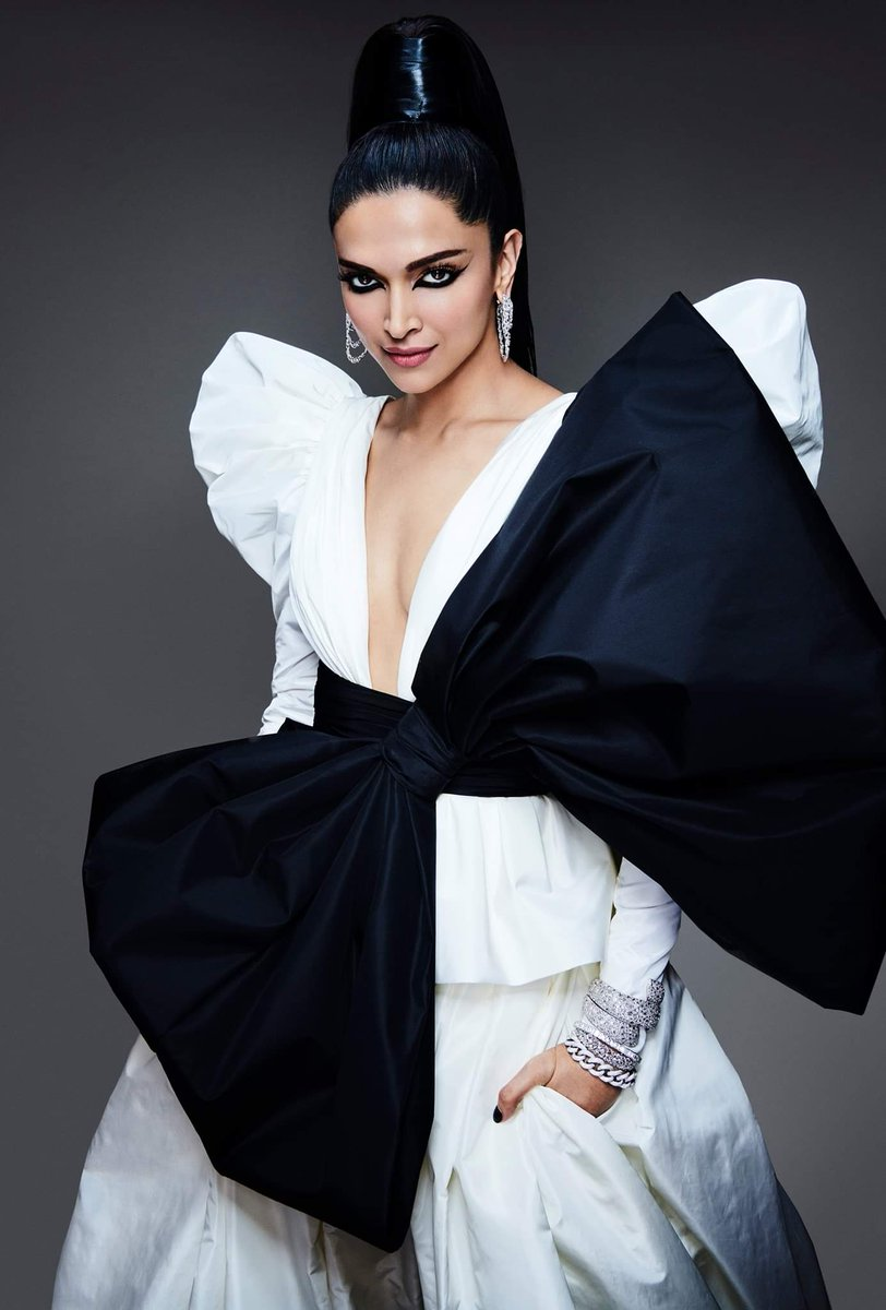 "Deepika Addicts on Twitter: ""Deepika Padukone x L'Oreal Paris Cannes Film Festival 2019 studio shots… """