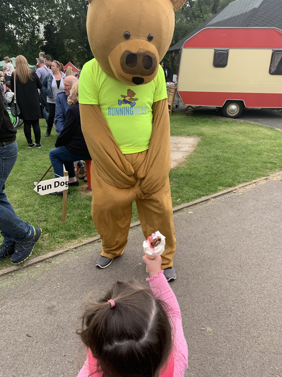 @RunningBearFun when your 2 old is willing to share her ice cream with Running Bear! #AlderleyEdge #Mayfair2019<br>http://pic.twitter.com/JW71UMBa3A