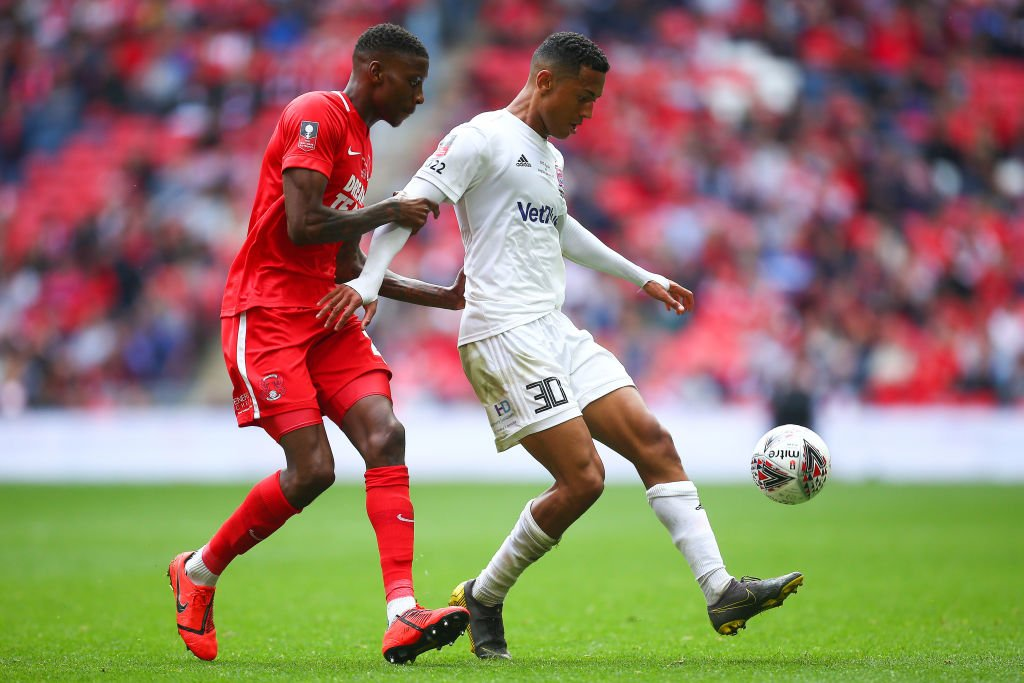 Heartbreak last week... glory today? With 25 minutes to play, beaten National League play-off finalists AFC Fylde are 1-0 ahead in the #FATrophy final at Wembley. Follow here, with a choice of commentary: bbc.in/2WQgYTz #NonLeagueFinalsDay