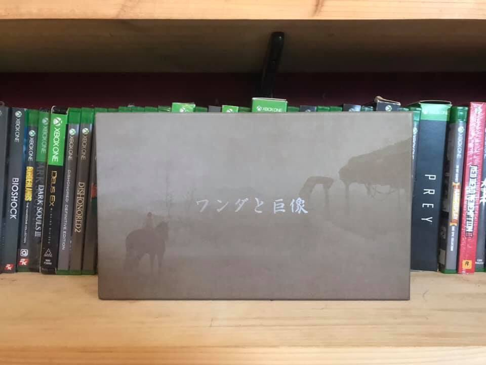 So today is @dragonklawz1 and mine's first wedding anniversary, so I thought I would share our anniversary present to each other with you guys, a shadow of the colossus press kit!   I am so lucky to have such an amazing husband!