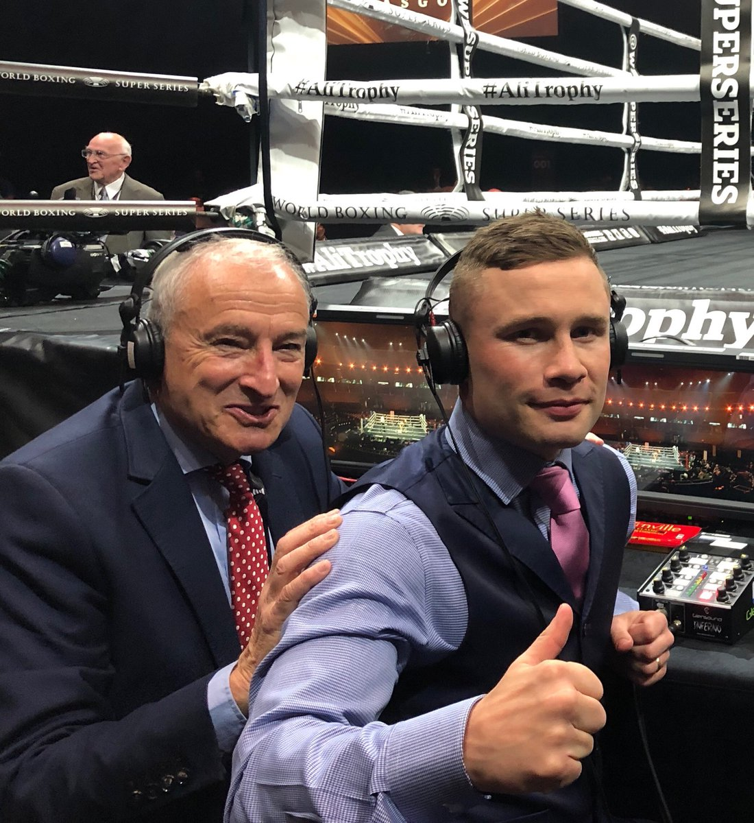 Absolute joy to pick up the boxing commentary mike again...magical night In Glasgow for #WBSuperSeries. Josh Taylor exciting quality..Naoya Inoue jaw dropping and great to work alongside the insightful ⁦@RealCFrampton⁩