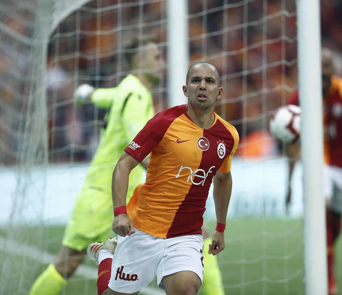 | Feghouli leveled it up for us with a screamer! @sffeghouli