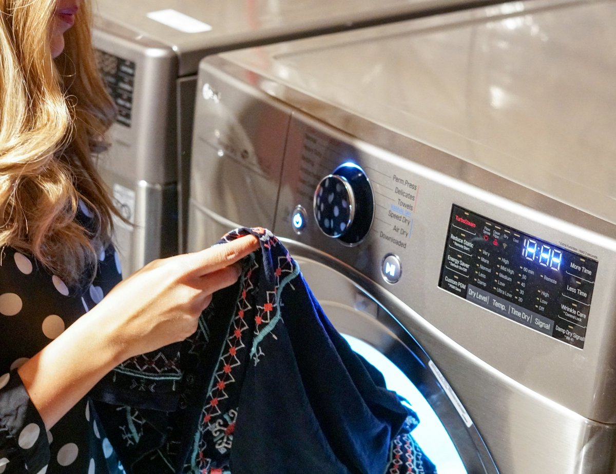 When it comes to laundry, I'm a Suburban Subterranean: my laundry space is in my unfinished basement. However, if there's one motivating factor to get me down there, it's the LG TWINWash™ system! http://listentolena.com/2019/04/lg-twinwash-the-washing-machine-for-every-mom.html… @LGCanada #LGTWINWash #LGUltimateLaundryRoom #ad
