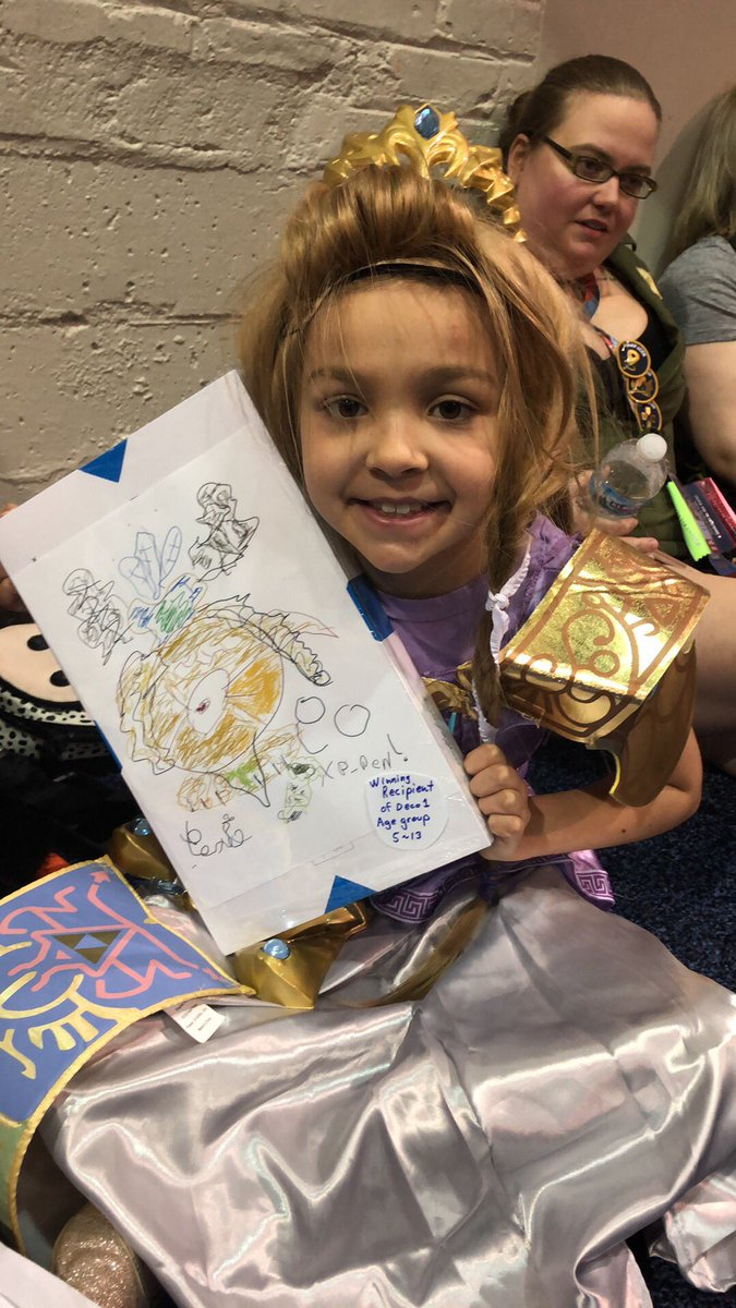 @xppenusa Thank you for coming to ACEN! Thank you for holding the drawing contest! That is awesome! And Chibi says thank you for the Tablet! She can't wait to start using it! <br>http://pic.twitter.com/xeFgNqknVh