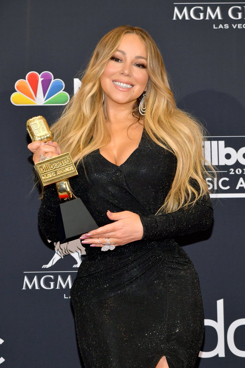 Were not worthy. #IconMariah #BBMAs✨