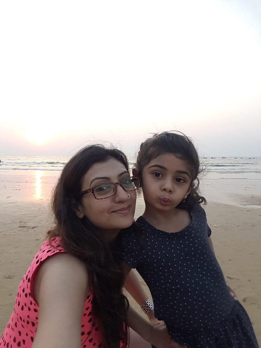 Could it be beaches? A place surrounded by water.... #KeepGuessing #MummaGinniTravels #MummaGinni #MummaDaughter #MotherDaughter #Vacay #VacayMode #Vacation #Holiday