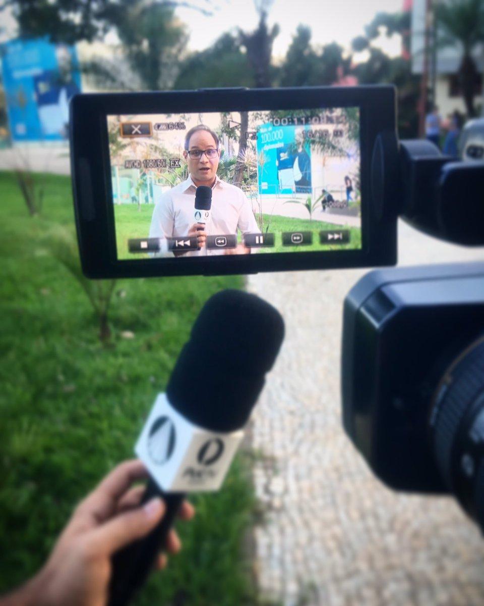 O trabalho só cansa se não nos dedicarmos a ele com alegria! #ficaadica 😉 . . . #PucTVGoiás #RedeAparecida #Reportagem #PucAcontece