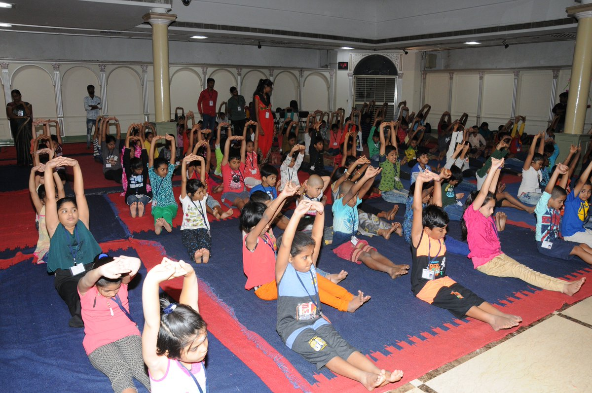 Summer Art Camp - 8th May 2019! Yoga, art and craft by children! #summerartcamp #summervacations