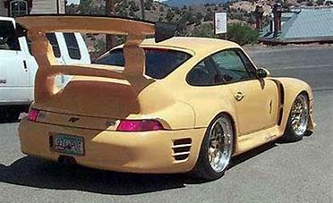 #WingWednesday - #Porsche  anyone? Got something #Special  to #Move ? #Call  #RussellsTransport  #CarefulHandling  #Worldwide +44(0)1280850426 #CoveredCarTransport  #Classics  #Prestige  #Supercars  #F1  #Motorsport  #TwitterCarClub   http://russellstransport.co.uk/services/    #SpanishGP  🇪🇸