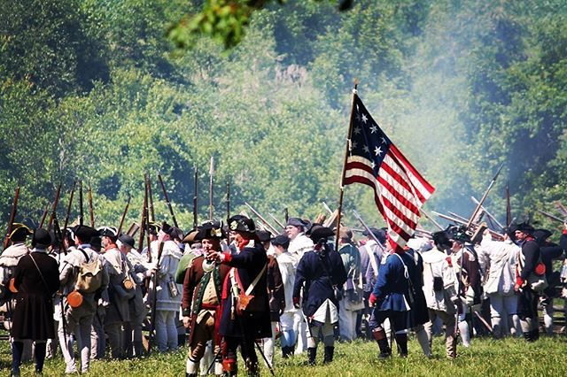 How far shall I take this army to preserve this idea of Freedom how much shall I sacrifice for this America and the answer is there is never to far and never enough to sacrifice for what you love! #musket #reenactment #revolutionarywar #patriots #newengl… https://t.co/PVsRlR31UI