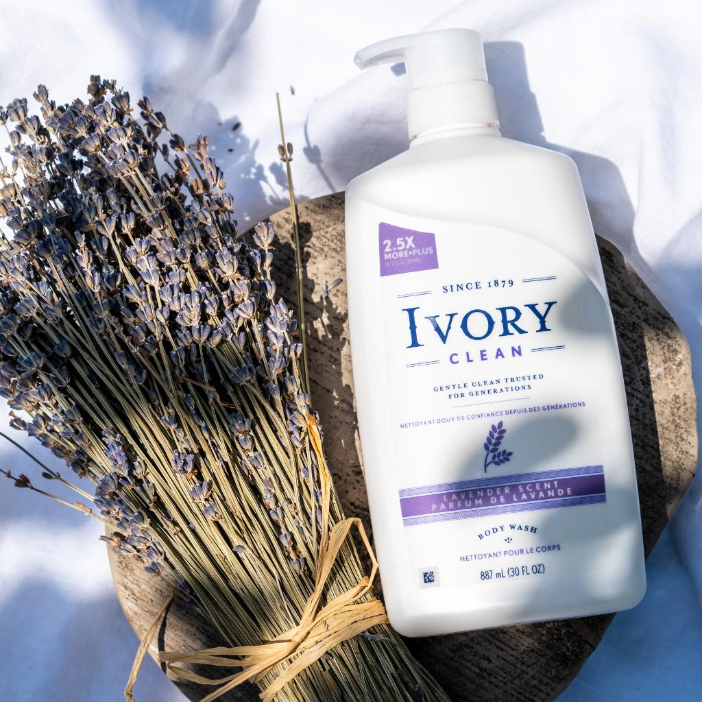 "If ""kick back & relax"" had its own signature scent, it'd be Ivory Lavender Body Wash. 🛀 #ivorysoap #relax #breathe https://t.co/eeBqOQKHd1"