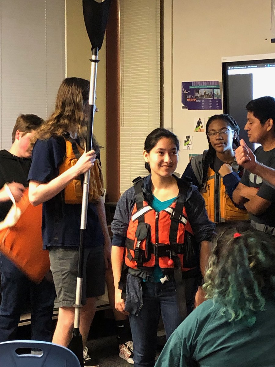 Summer is almost here! <a target='_blank' href='http://twitter.com/APSCareerCenter'>@APSCareerCenter</a> students learn about paddle craft safety. <a target='_blank' href='http://twitter.com/AcadAcademy'>@AcadAcademy</a> <a target='_blank' href='http://twitter.com/ACCHilt_Inst'>@ACCHilt_Inst</a> <a target='_blank' href='http://twitter.com/arlingtontechcc'>@arlingtontechcc</a> <a target='_blank' href='https://t.co/4njLhSI8UV'>https://t.co/4njLhSI8UV</a>