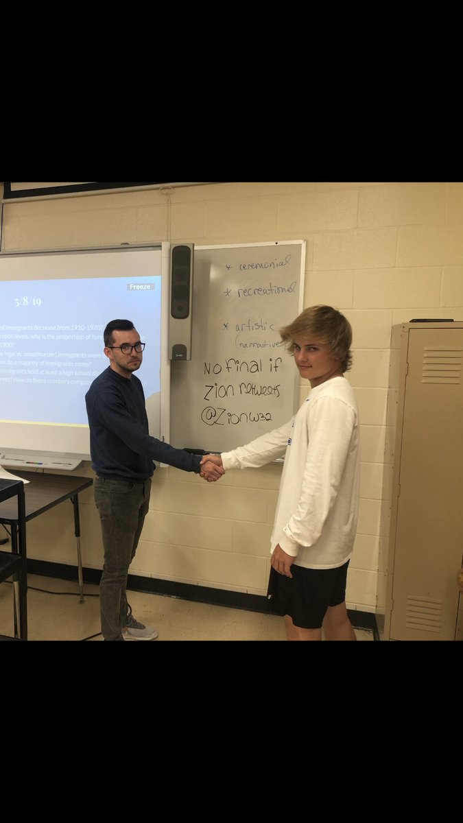 Hey @ZionW32  my teacher said if you retweet this we don't have to take our final....