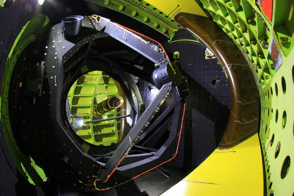 Whats at the heart of our flying observatory? An almost 9-foot (3-meter) telescope! Learn more: go.nasa.gov/2PSXtXY