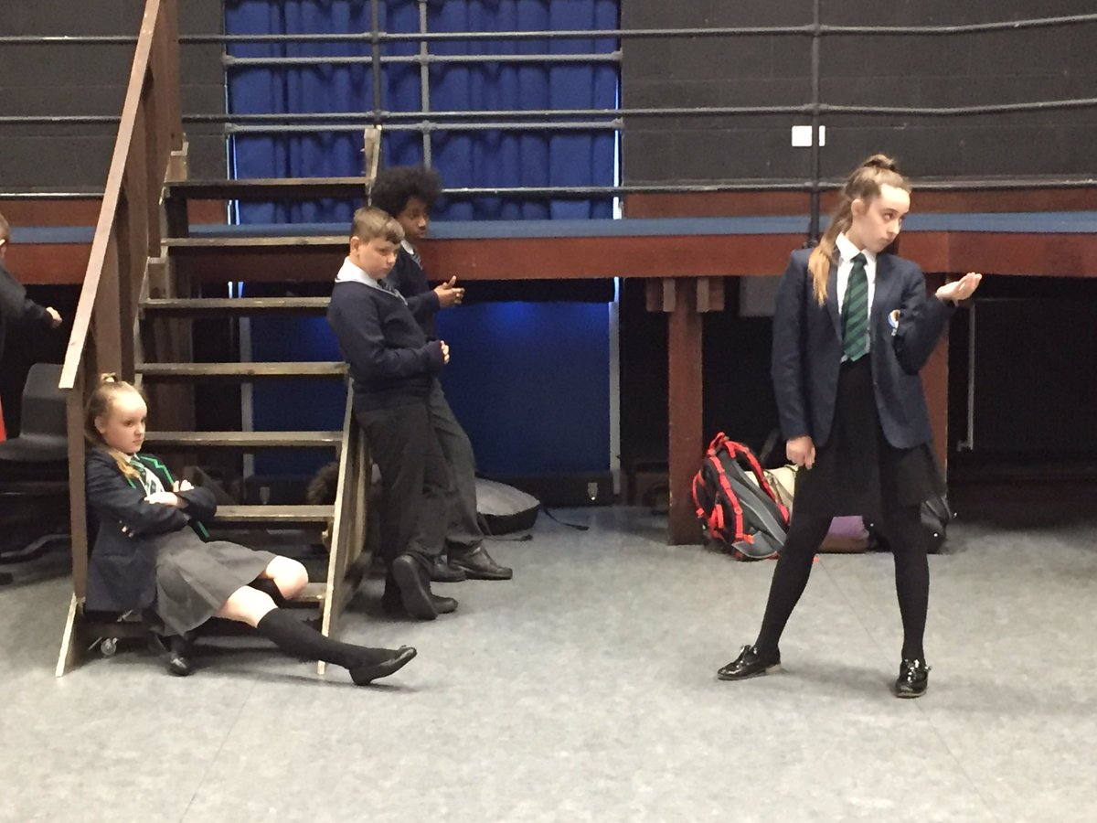 A fabulously dramatic afternoon at Brayton Academy with our new @RodillianMAT Drama Company. Students from @Rodillian_Ac @FeatherstoneAca @BBGAcademy and Brayton working together to create a piece of original drama for the #rodillianartsfestival2019
