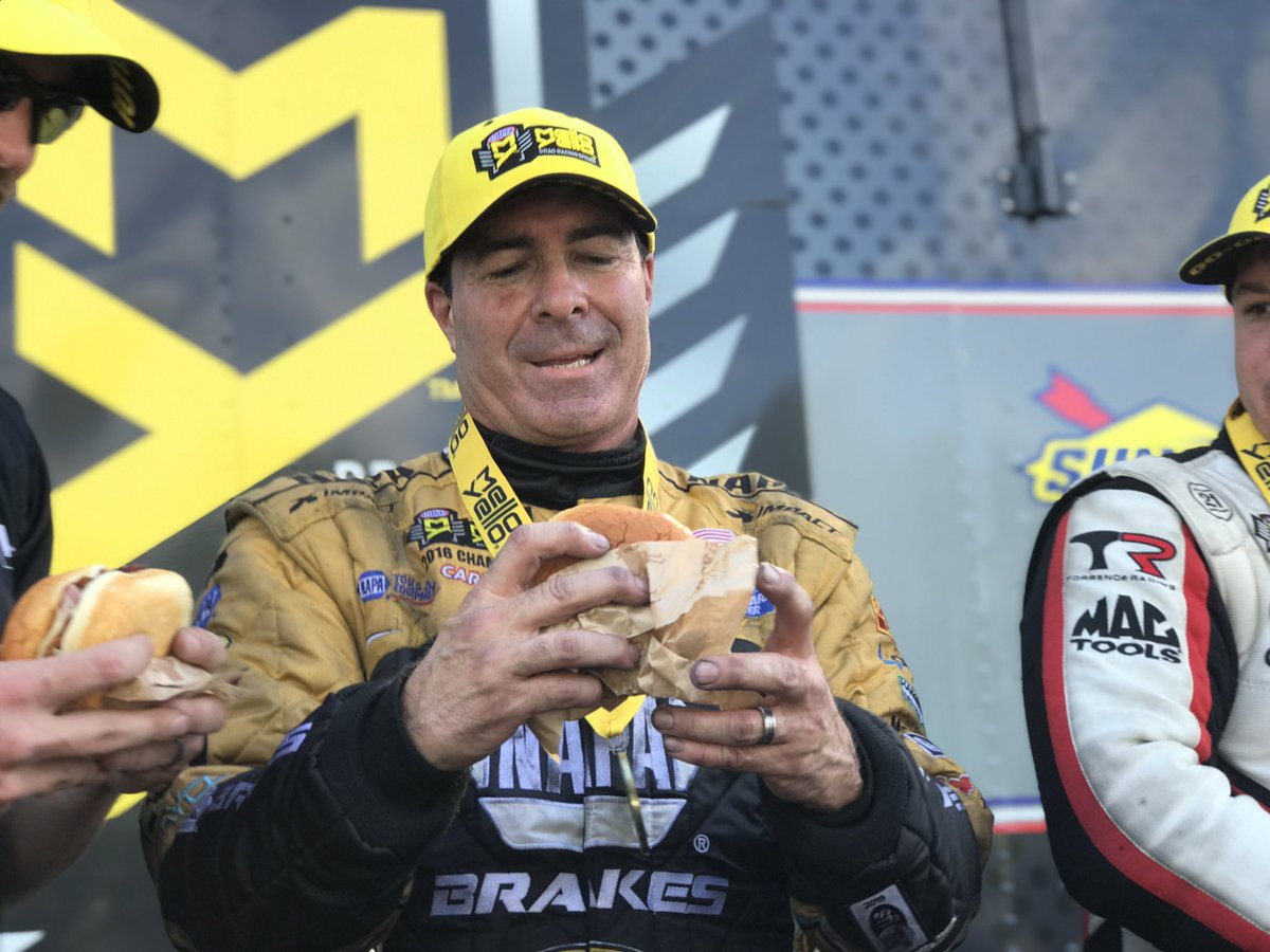 Find someone who looks at you the way @RonCapps28 looks at an @Arbys #BigKahuna sandwich. 😍