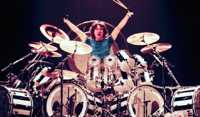 Happy Birthday to drummer Alex Van Halen. He was born on this day in 1953.