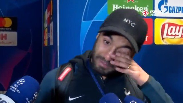 Lucas Moura breaks down as he hears the commentary of his winning goal from his native Brazil.  😢  📽: @Esp_Interativo