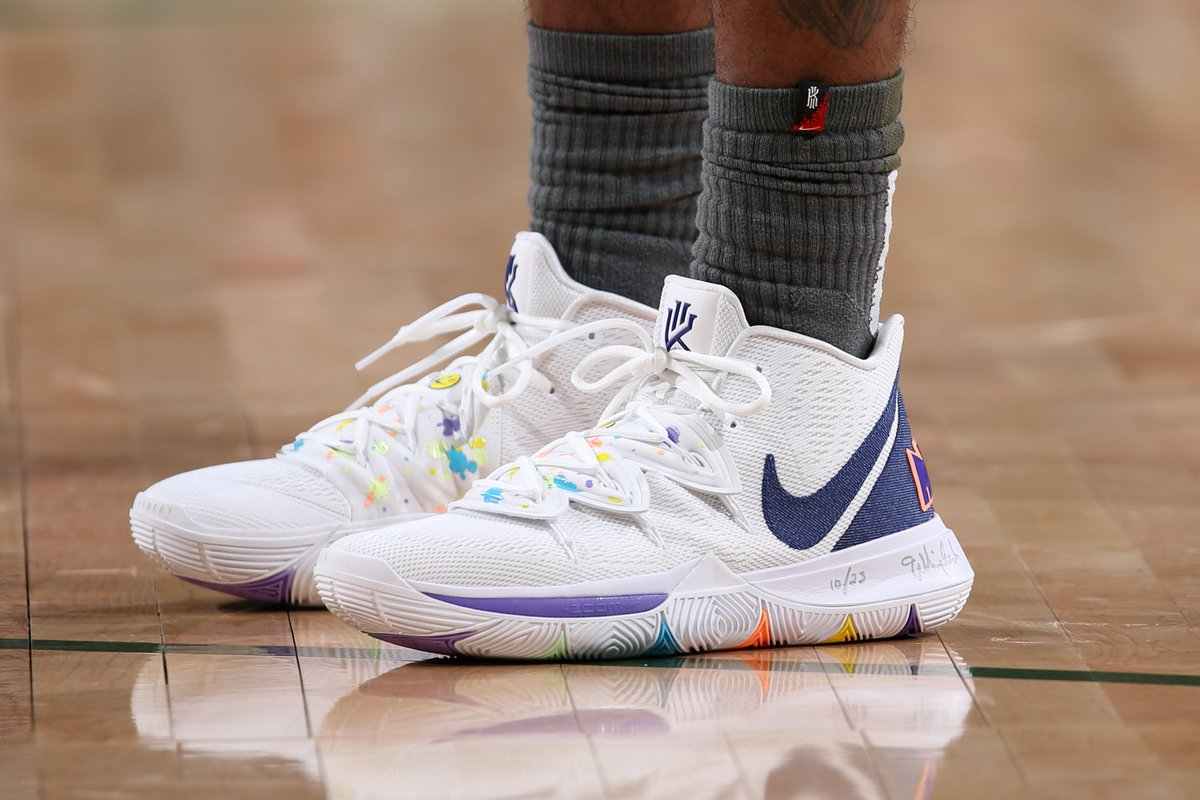kyrie irving space jam shoes Shop