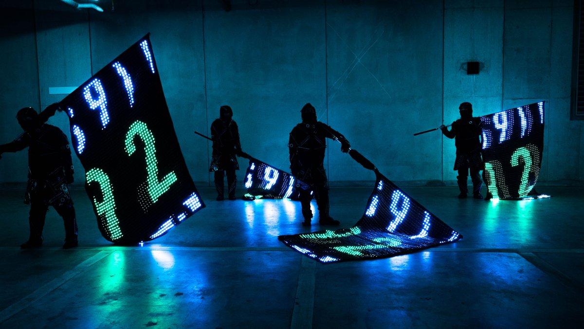 """【記事】mplusplus自主開発PJ第二弾 ディスプレイのように制御可能な旗、""""LED VISION FLAG""""EXILE LIVE TOUR"""