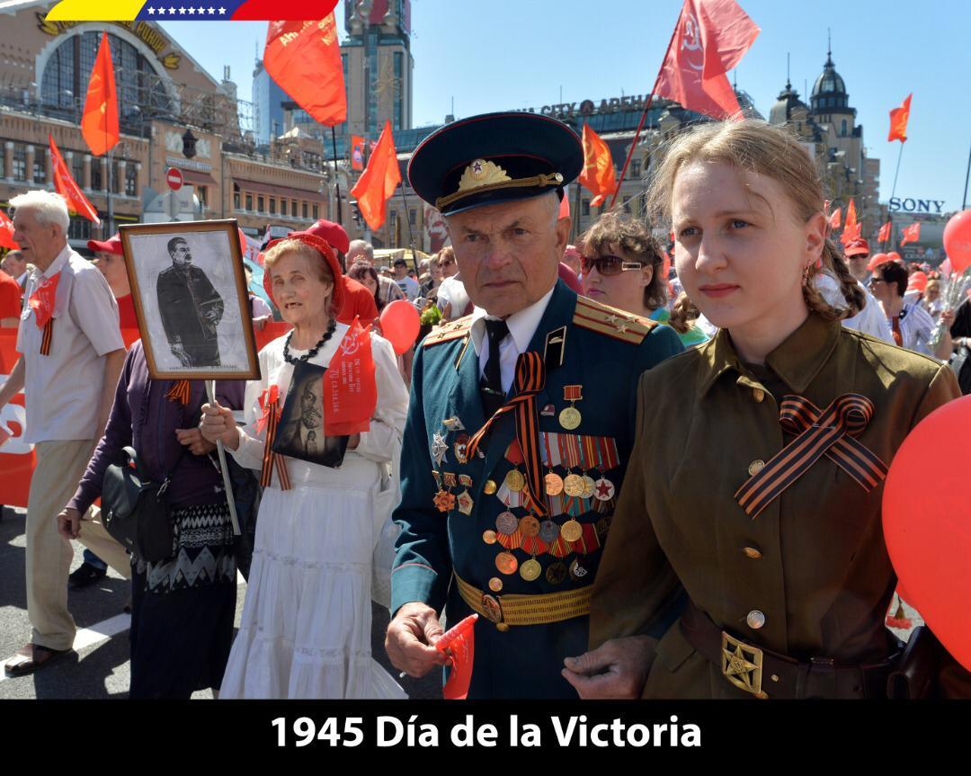 Felicito al hermano Presidente Vladímir Putin y a todo el pueblo ruso, quienes celebran hoy #9May los 74 años de la Victoria del Ejército Rojo contra el fascismo alemán. Una gesta heroica que inspira a quienes luchamos contra el neofascismo y el neocolonialismo imperial.
