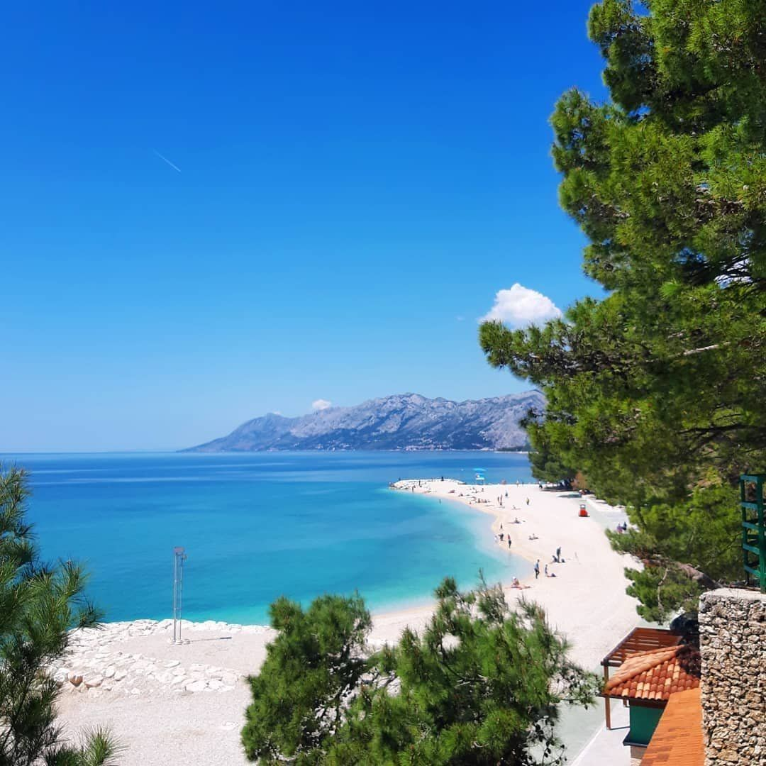 Instagram Photo of the Week! #BaškaVoda by pawelmrozik_photography ⠀ #EpicWeek in Croatia  https:// bit.ly/2J3hFoT     Follow us on  http:// Instagram.com/CroatiaFullOfL ife  …  and share your #CroatiaFullOfLife photos!<br>http://pic.twitter.com/o3a5DFwBFF