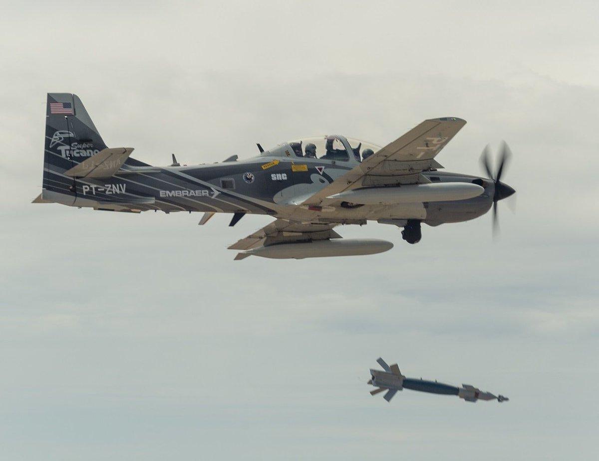 الوداع المؤجل - A-10 Thunderbolt II - صفحة 5 D6HlJqVX4AAQEGV