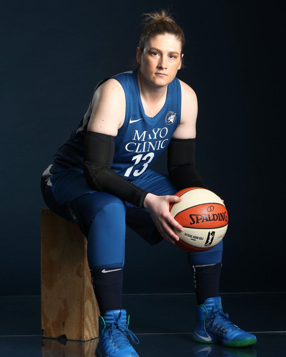 Happy Birthday to a legend aka Gentry aka @Lindsay_13 🎈  #WNBABDAY https://t.co/igfB6Vdu2h