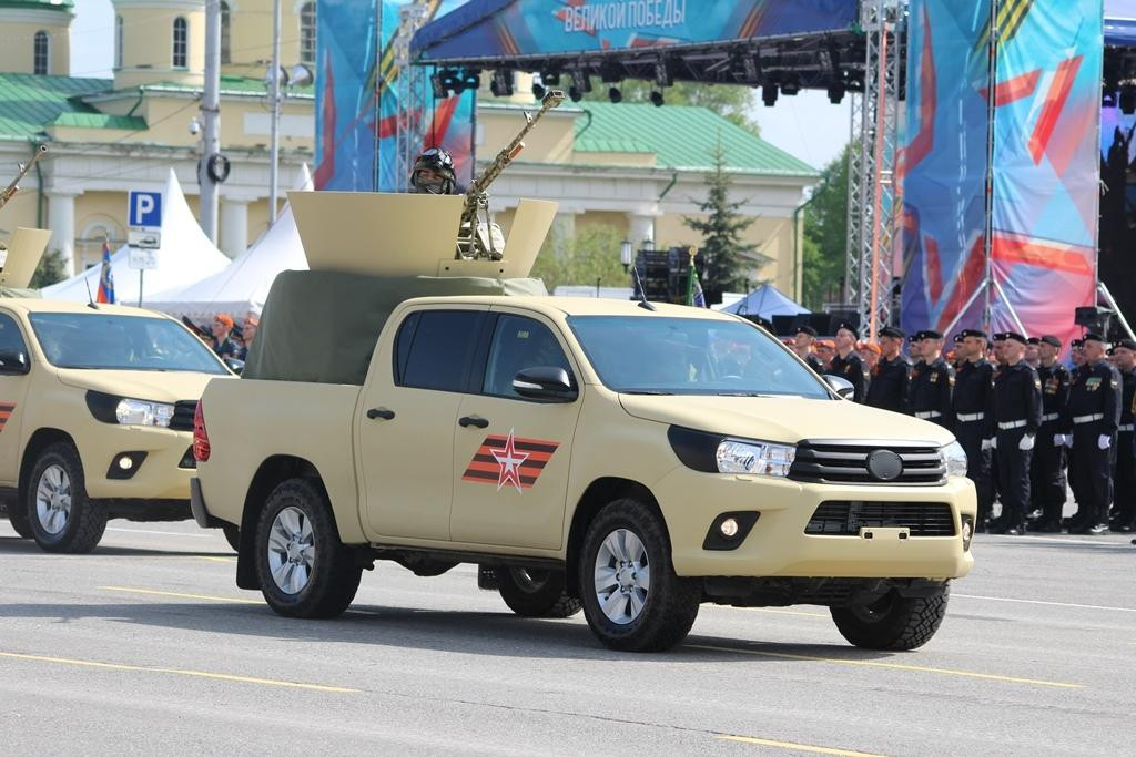 And Toyota Hiluxes with Kord HMGs and AGS-17 grenade launchers. 10/ https://t.co/uLbx9q0OXx https://t.co/F4wRyPfYj0