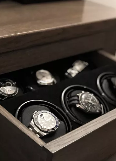 Ayda Stanley is a  small family-run business by founder Elliot Onaran; Elliot and the team at Ayda Stanley pride themselves on transforming space within your existing drawer, wardrobe, cupboard or safe into beautiful, functional and bespoke watch storage. https://t.co/uhLxQHOrZ8 https://t.co/UrCqBeGj7J