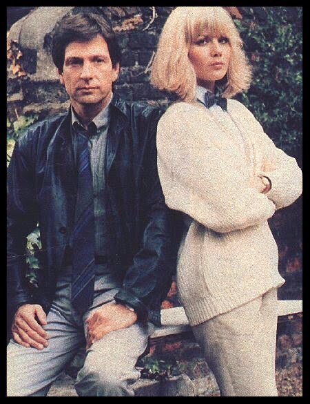 #DempseyAndMakepeace promo shot of @MrMBrandon & @MsGlynisBarber whilst filming 'Makepeace Not War' - 1984 #ThrowbackThursday #TBT<br>http://pic.twitter.com/5V3Nwutdkq