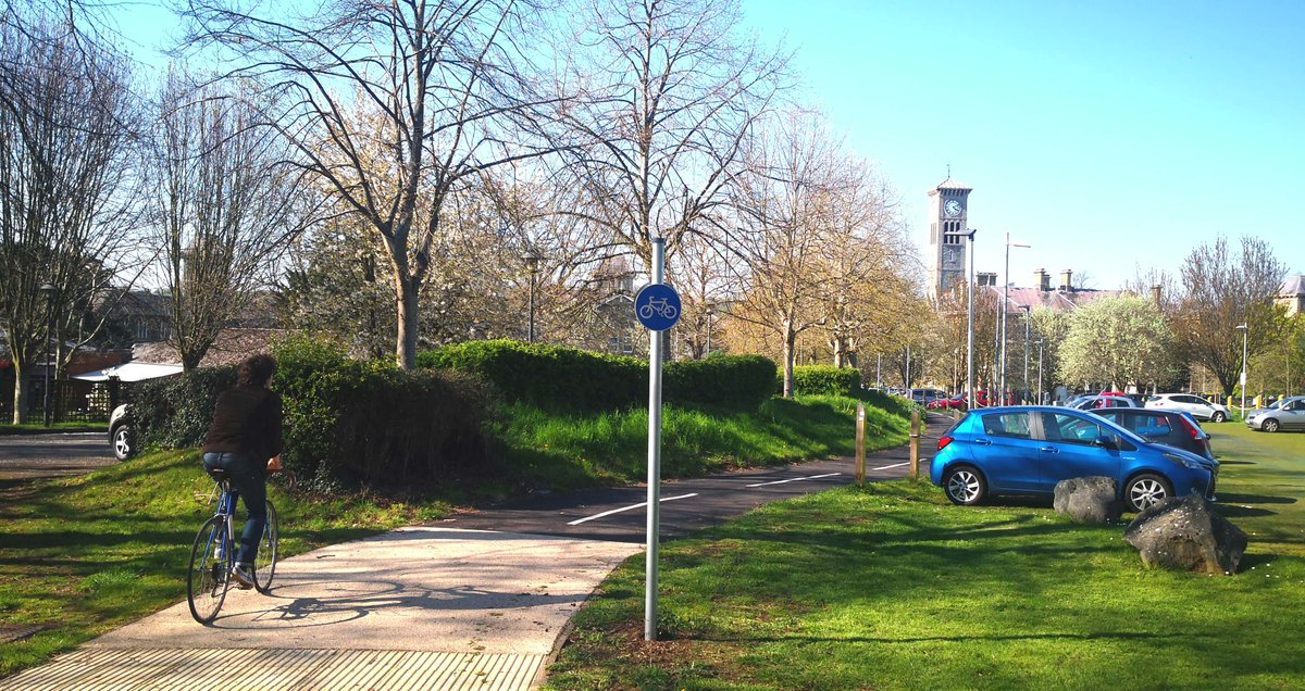 test Twitter Media - New walking and cycle lane opens on north east Bristol link. Frome Valley Greenway. #cycling #bristol  https://t.co/37rCHMpFbD https://t.co/tYwB3gqokl