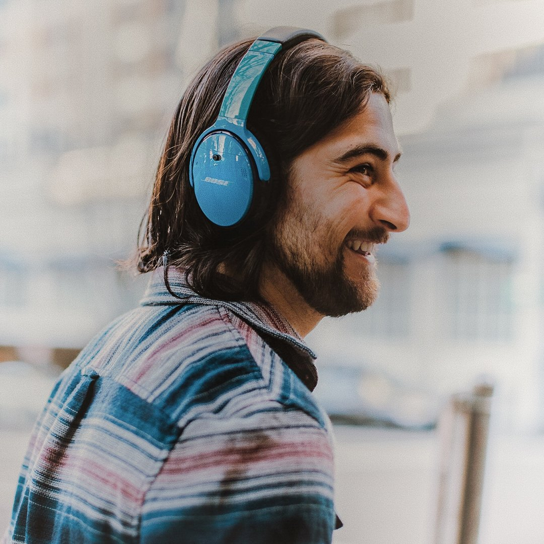 Customize #QC35 II to match your true colors, because being you is fun. Right, @NoahKahan? Click to custom yours: https://bose.life/2httw3X  🎧 (U.S. and Canada only)