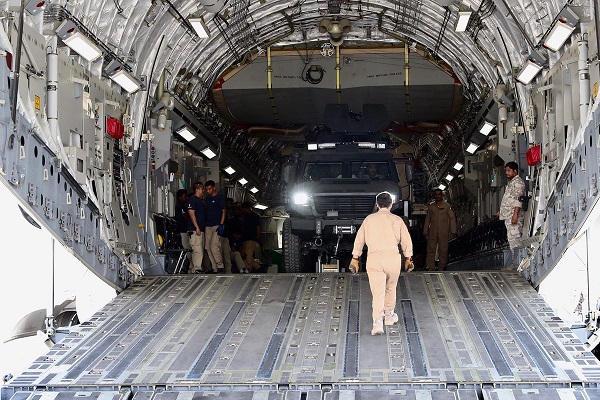 قطر تقدم لبوركينا فاسو 24 مدرعة للتصدي للجهاديين D6JFrbNUwAEVyJp